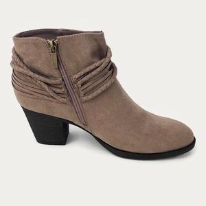 Journee Collection Ceres Taupe Ankle Boots 10